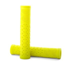GRIPS CULT AK AMARILLO LUMINOSO
